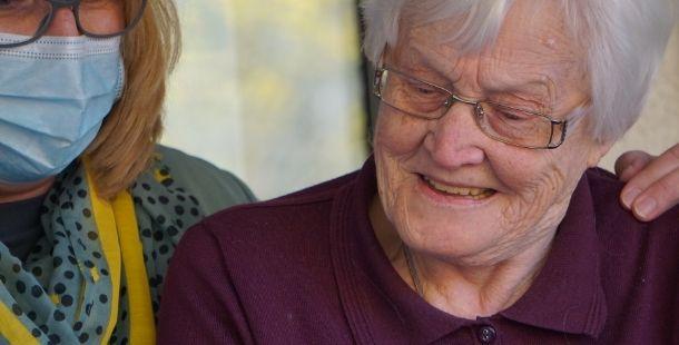 Aide à domicile - Service à la personne - Proxidom Services